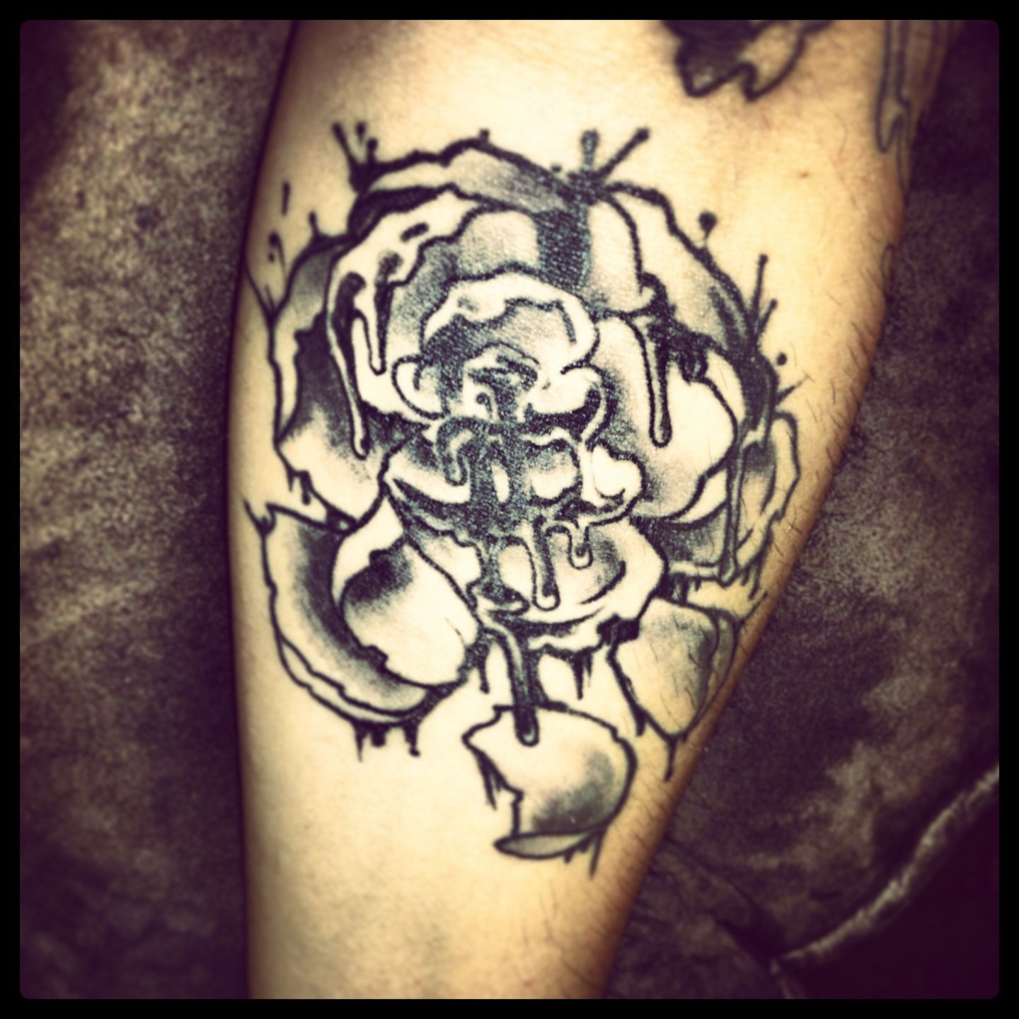 Decade bleeding rose tattoos art inked ink tattoo