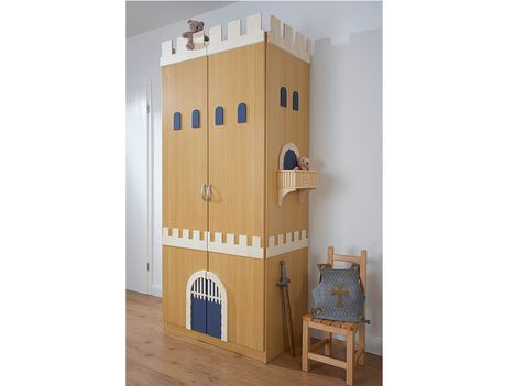 ritter kleiderschrank kinderzimmer ritter pinterest ritter kleiderschr nke und kinderzimmer. Black Bedroom Furniture Sets. Home Design Ideas