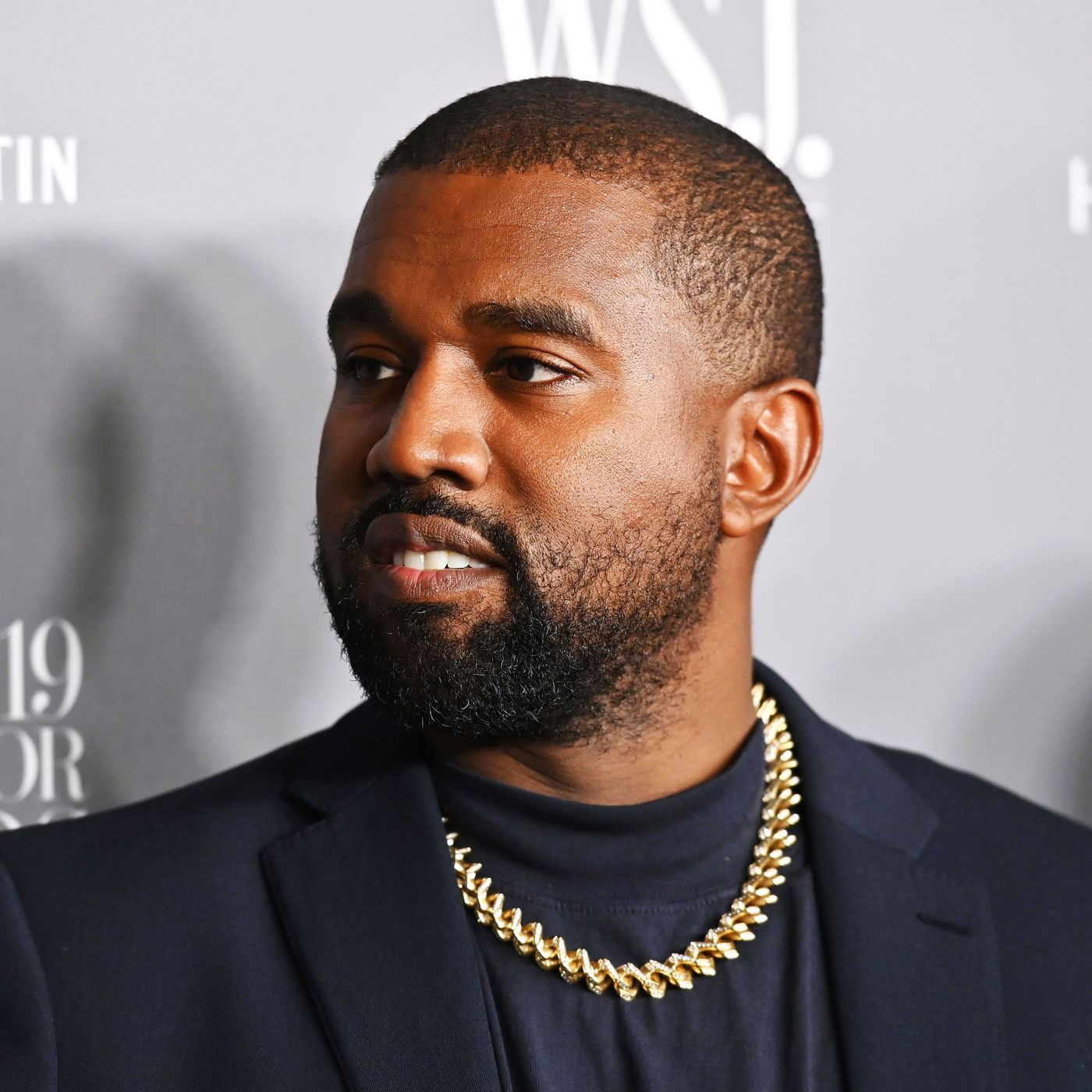 Kanye West And The Media Are Once Again Playing A Dangerous Game In 2020 Kanye West Kanye West Bear Kanye