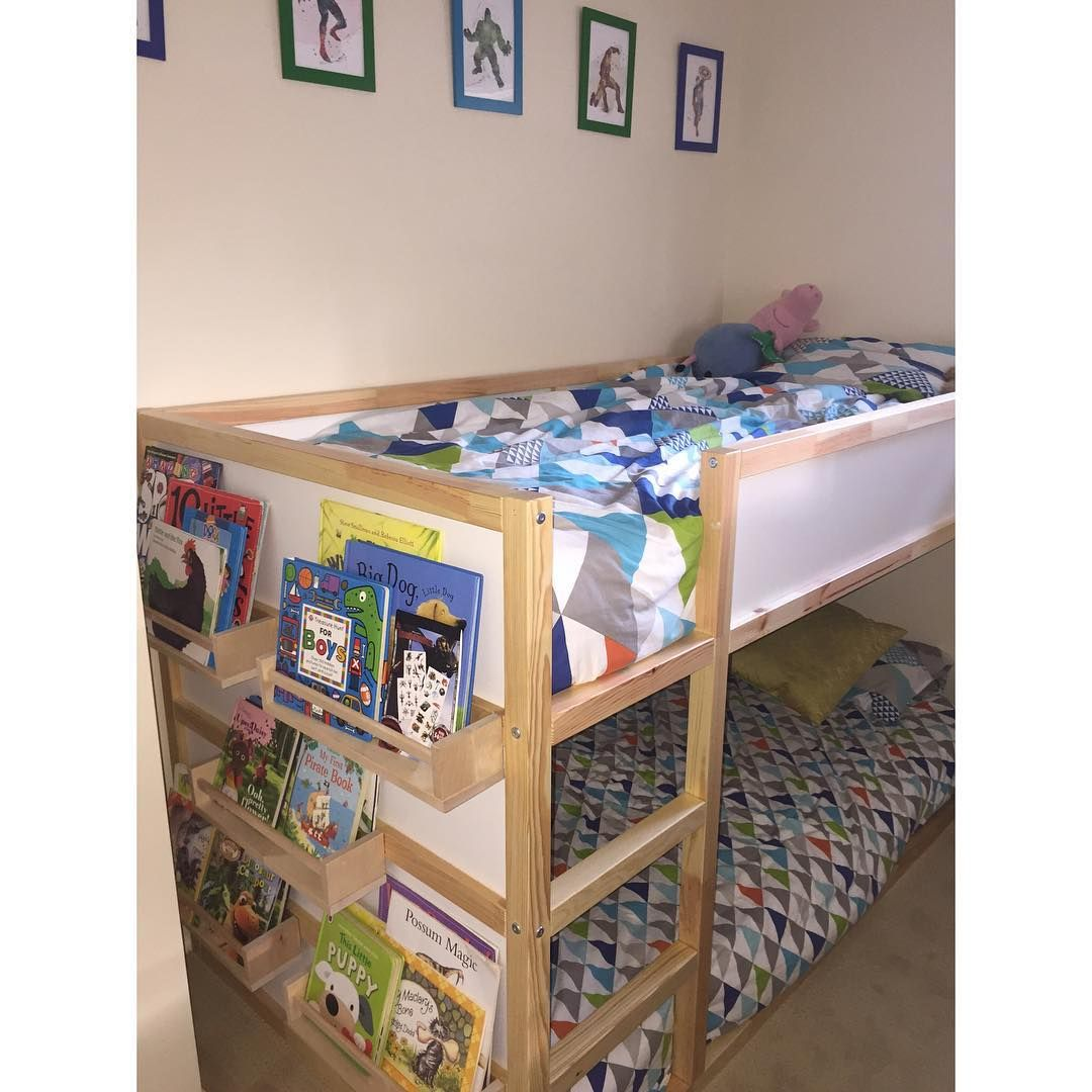 Love the bog shelves at the end of bed Værelser