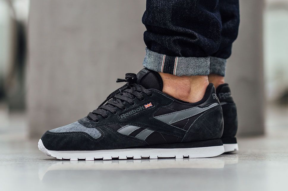 reebok classic leather vintage black