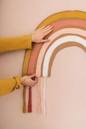 DIY rainbow wall decoration | pauls