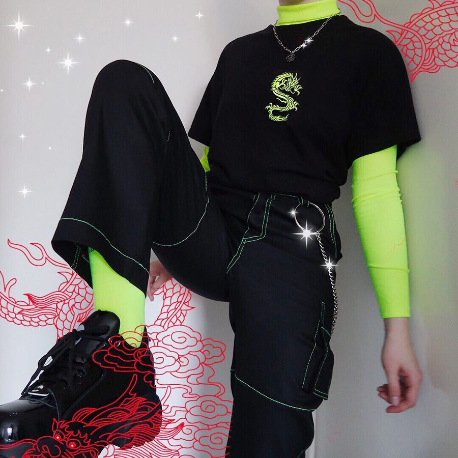 NEON GREEN DRAGON EMBROIDERED T-SHIRT