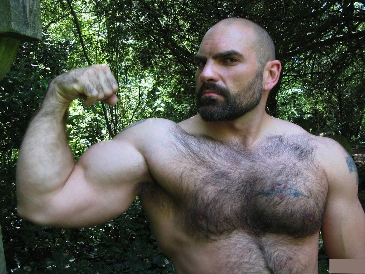 Muscle Man Hairy 111