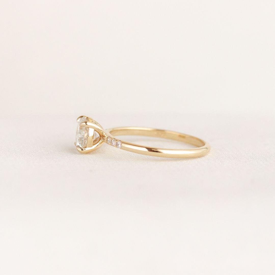 Beatrice Ring In 2020 Modern Engagement Rings Wedding Rings Engagement Rings