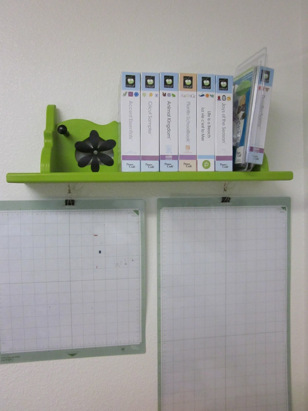 I don 39 t need the shelf but i love how she hung her cricut for Imagine crafts craft mat
