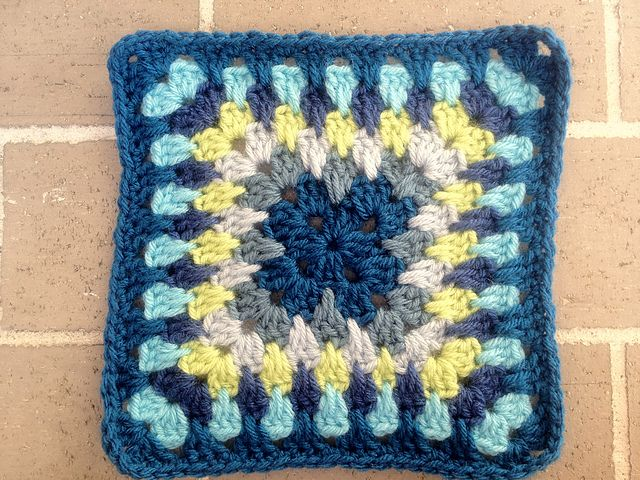 Ravelry: Project Gallery for Spiky Granny Square pattern by Jacquie - Bunny Mummy