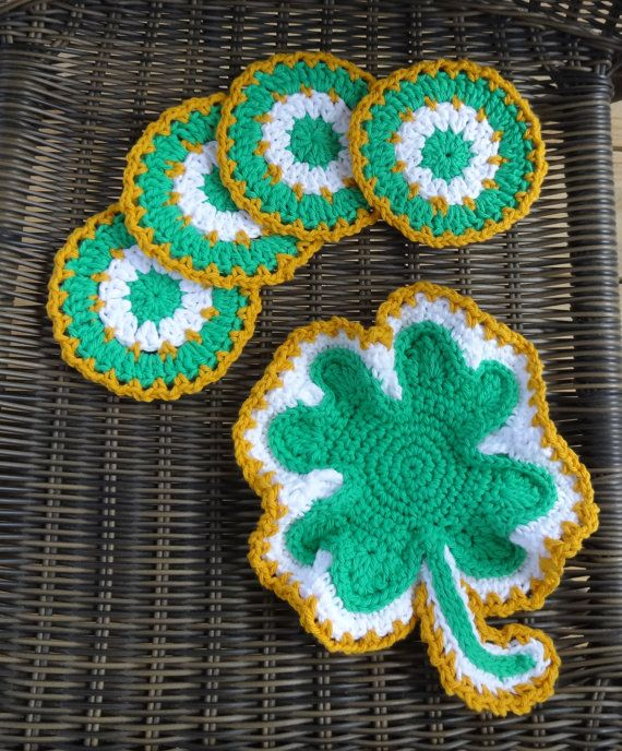 Shamrock Placemat & Coasters Set in Cotton Crochet