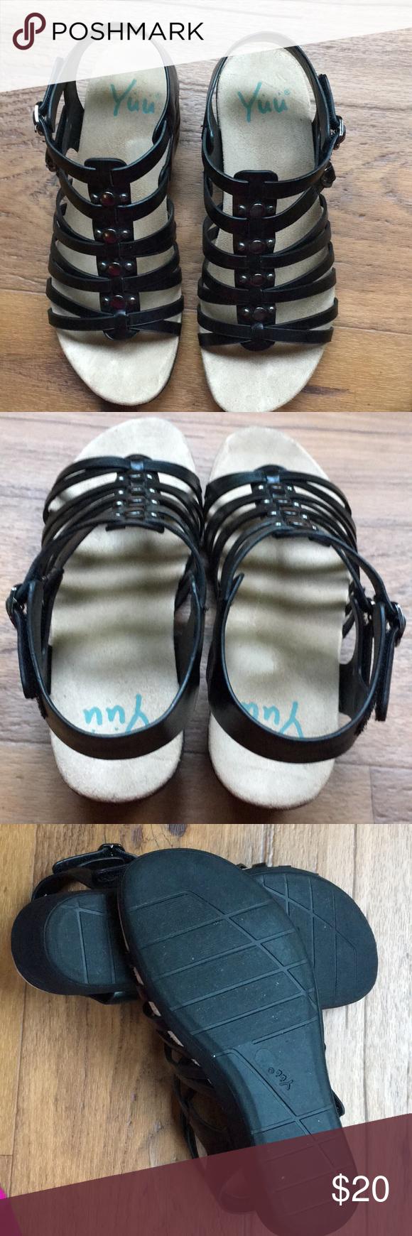 Yuu Berica sandals Black sandals in
