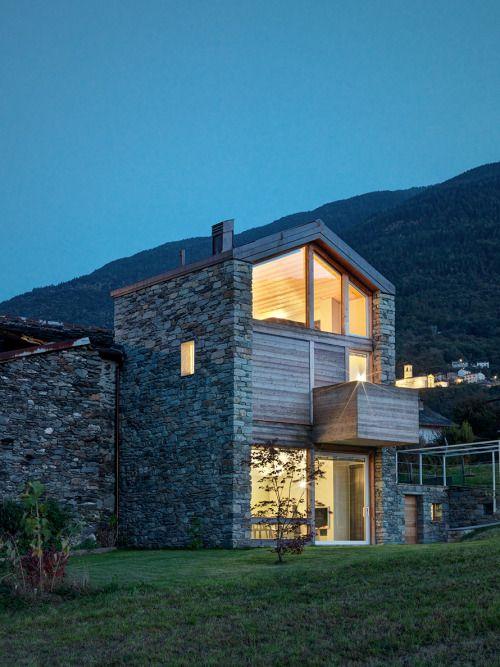 S.R.B. | Buildings & Rooms | Pinterest | Maison, Maison en pierre ...