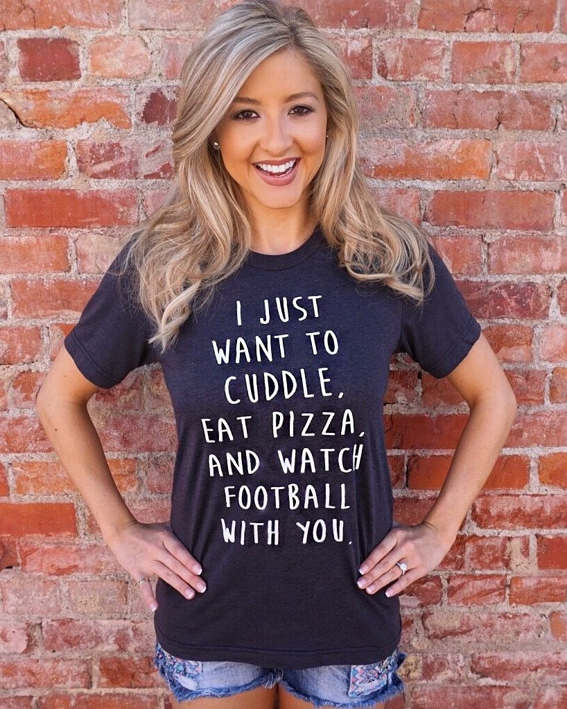 I Just Want To Cuddle With You: I Just Want To Cuddle, Eat Pizza And Watch Football With