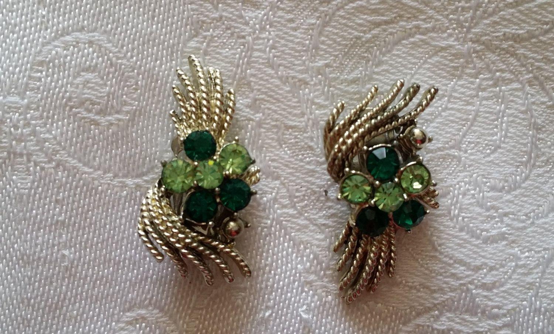 Signed Coro Very Feminine Emerald Green Vintage Earrings by BlingAndBlueJeans on Etsy