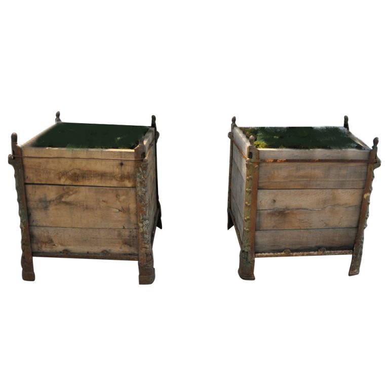 1stdibs | A French 19th Century pair of Versailles planters