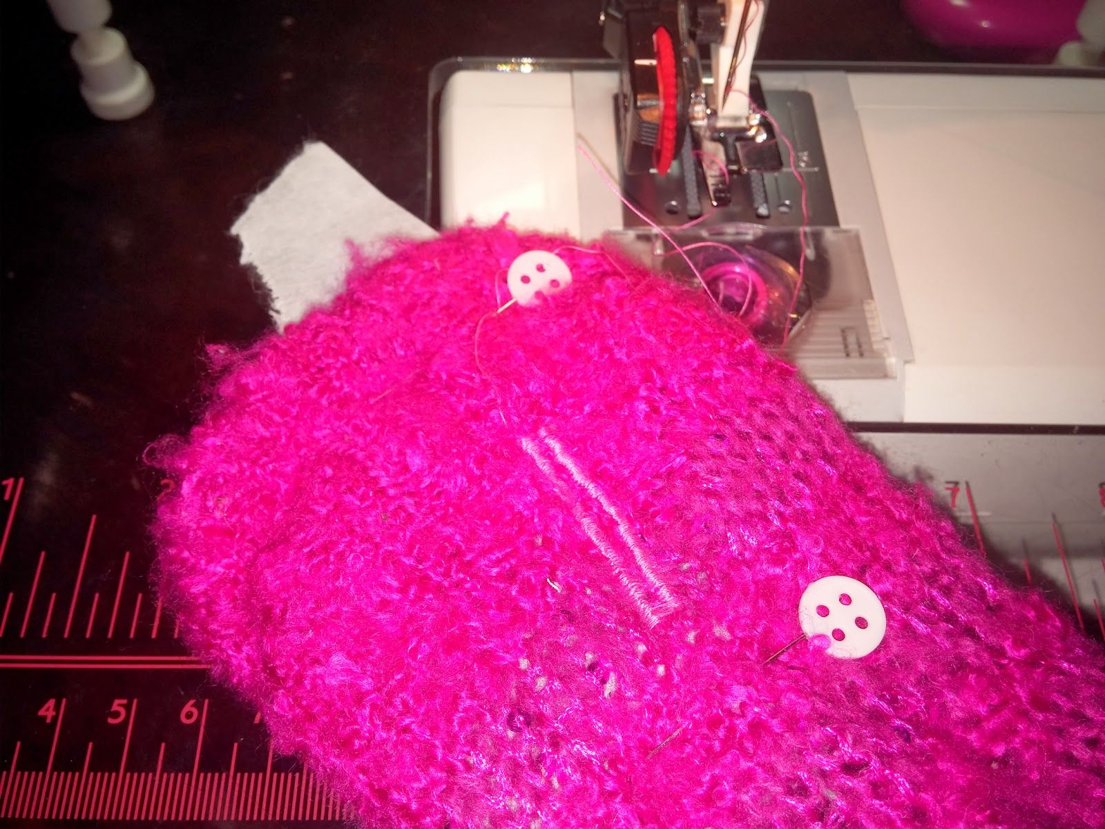 Add Your Own Thumb Holes Tutorial !!! - CLOTHING