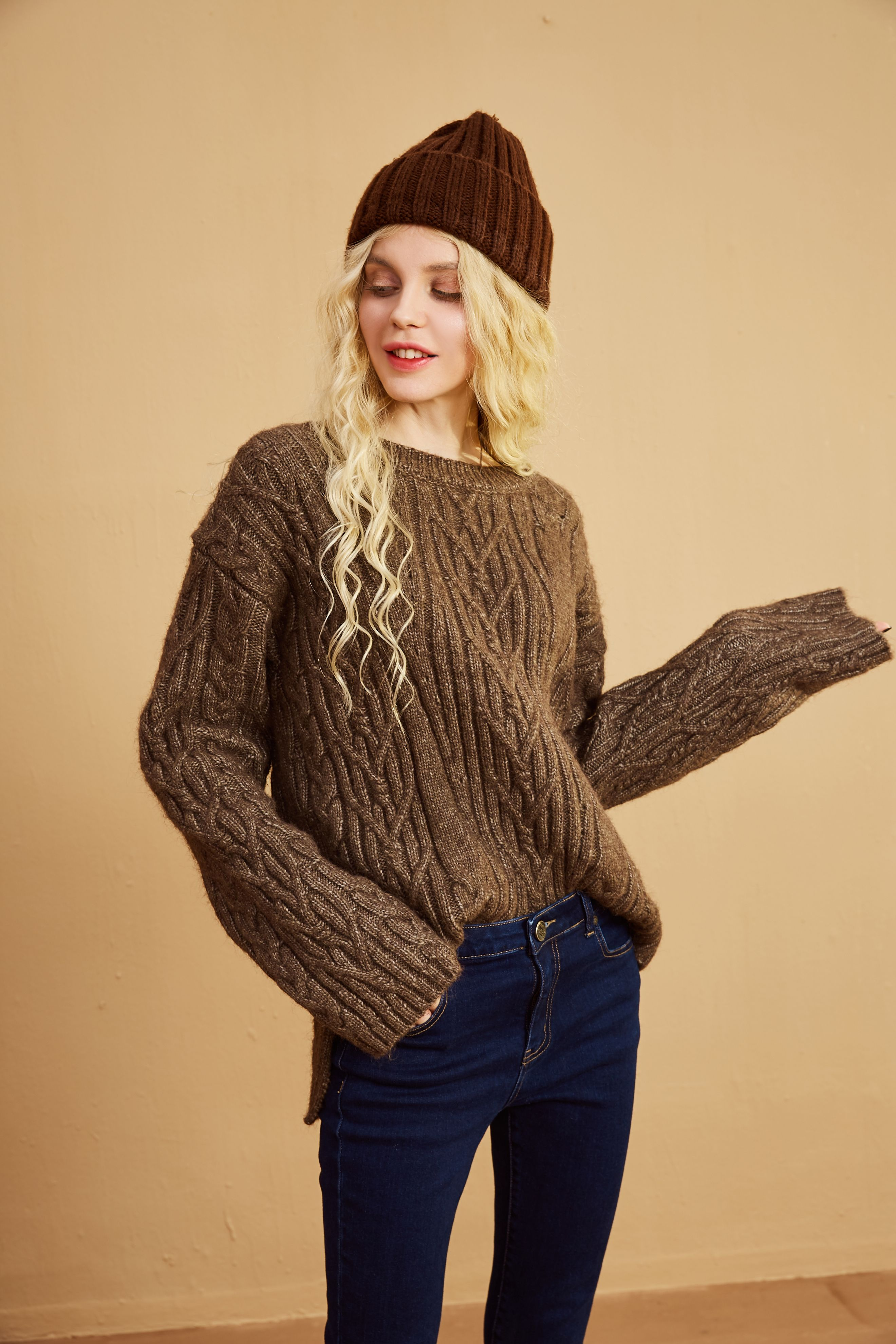 How to knitted wear: sweaters for women exclusive photo