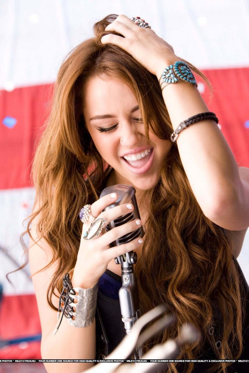 picture 8. Miley Cyrus