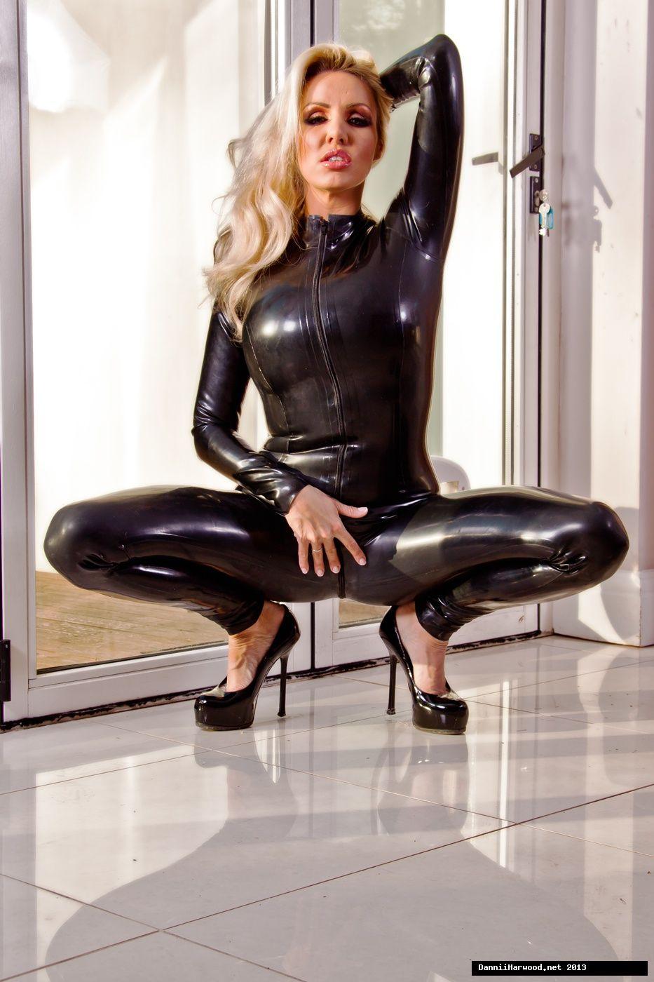 Stefani recommends Round ass latina huge tits slutload
