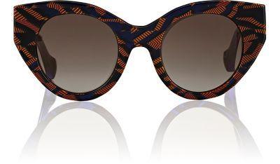 865ed43dbdbe1 FENDI Fanny Sunglasses.  fendi  sunglasses