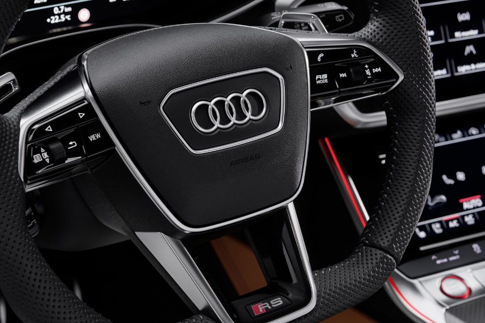 Audi Rs6 Avant 2019 600 Ps Stark 305 Km H Schnell Mit Bildern Audi Rs Audi Rs6 Audi