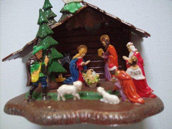 Vintage 1950 S 1960 S Miniature Plastic Nativity Scene Classic Christmas Display With Box Christmas Display Vintage Christmas Decorations Classic Christmas