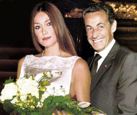 Carla Bruni And Nicolas Sarkozy Celebrity Bride Celebrity Weddings Wedding Movies
