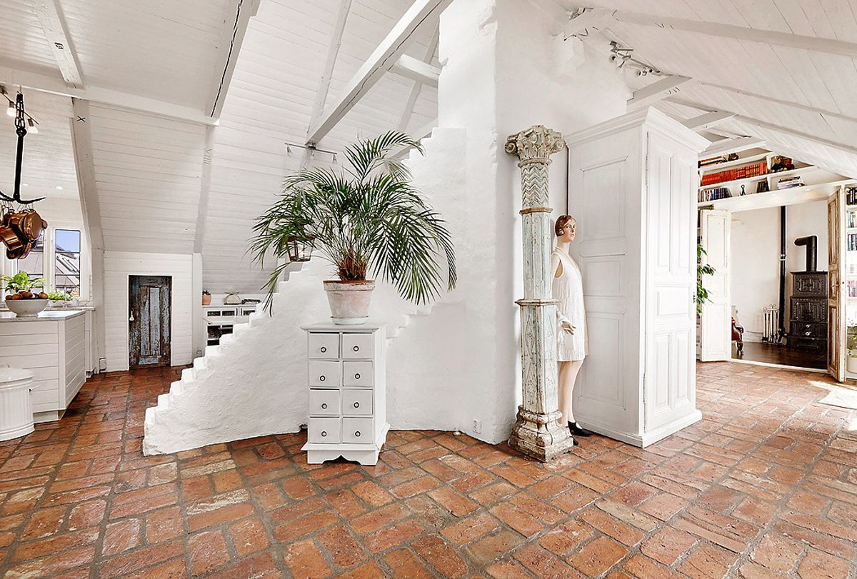 great apartment all in white Stile shabby chic, Cucina