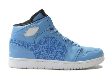Air Jordan one is to use bright color (red and black color) of the