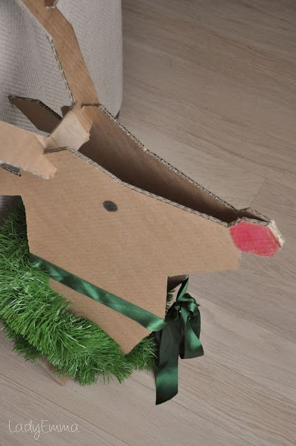 Diy un reno de cart n manualidades para navidad for Manualidades de navidad para ninos
