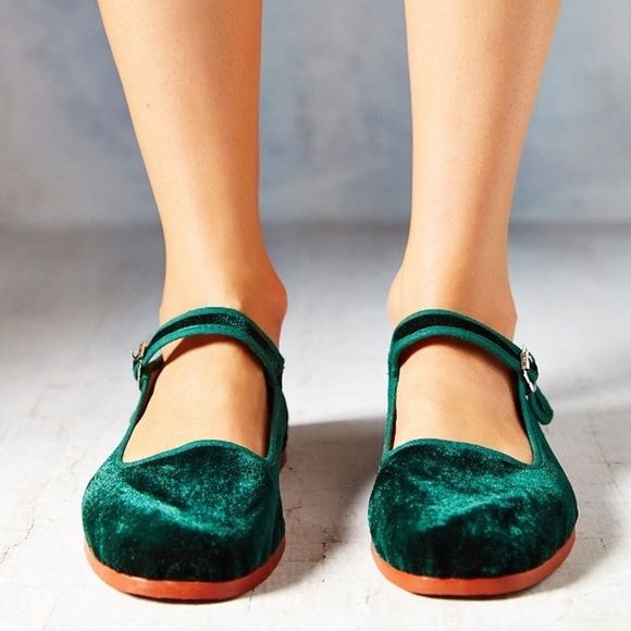 Uo Velvet Mary Janes Urban Outfitters Shoes Shoes Dream Shoes