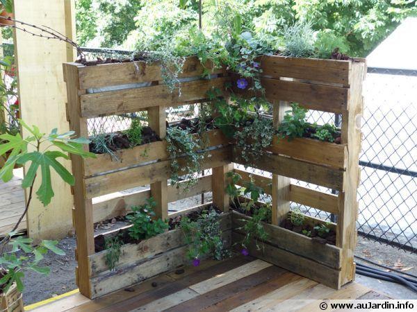 Les palettes au jardin | Gardens, Green life and Terraria