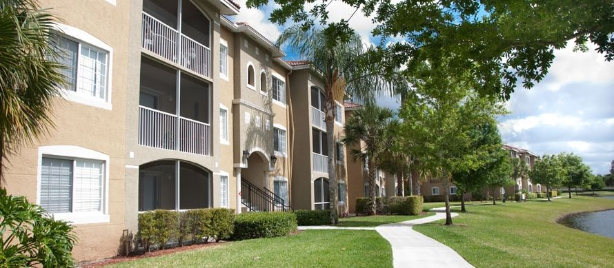 888 559 9751 1 3 Bedroom 1 2 Bath Stonybrook Apartments 10206 Stonehenge Cir Boynton Beach Fl 33437 Boynton Beach Stonybrook Apartments For Rent