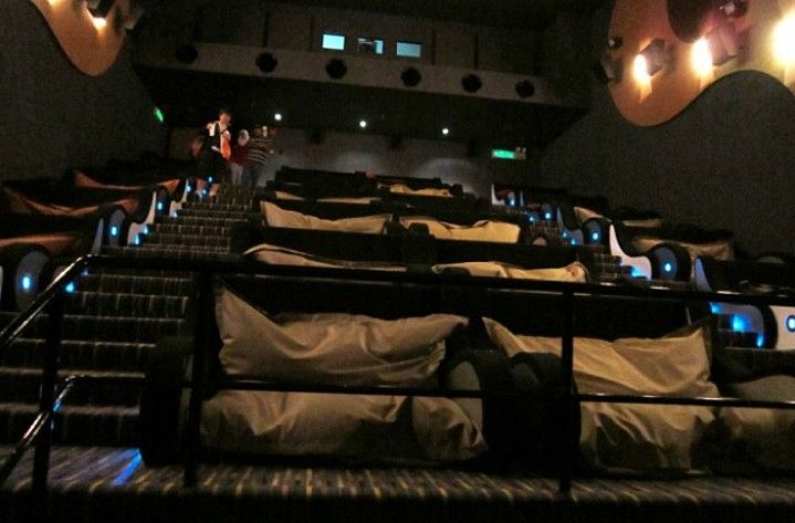 Is This The Worldu0027s Most Comfortable Movie Theater? Bean Bag Seats.