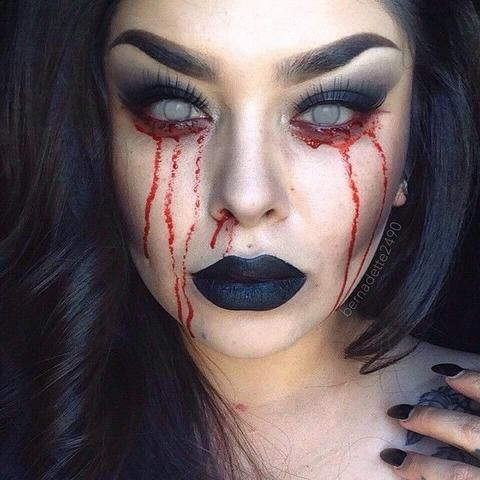 bleeding eyes halloween makeup  cute halloween makeup
