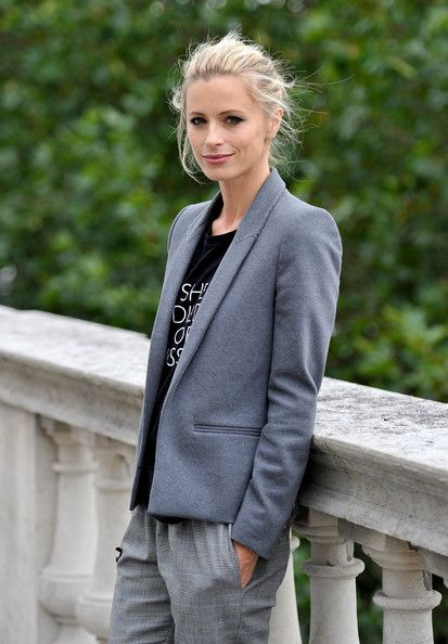 Laura Bailey Blazer - Laura looks ultra chic in this slim fitting gray blazer.