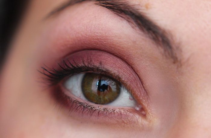 Laura Mericer Sateen Eye Colour Kir Royal