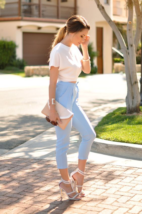 Blue jean joggers outfits