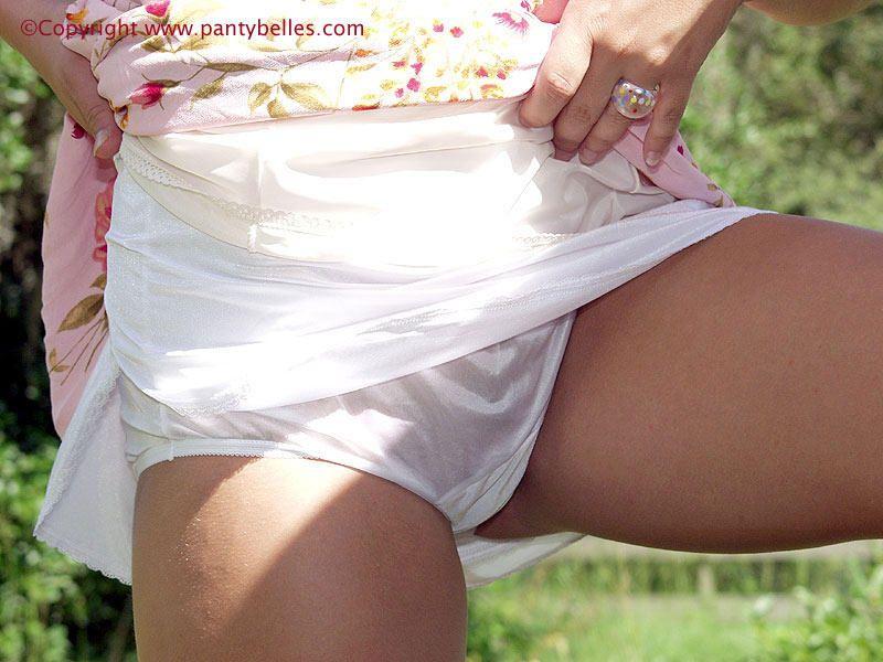 nylon cut white Mature panties full