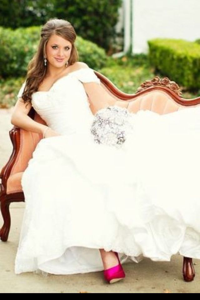 Perfect bridal pose