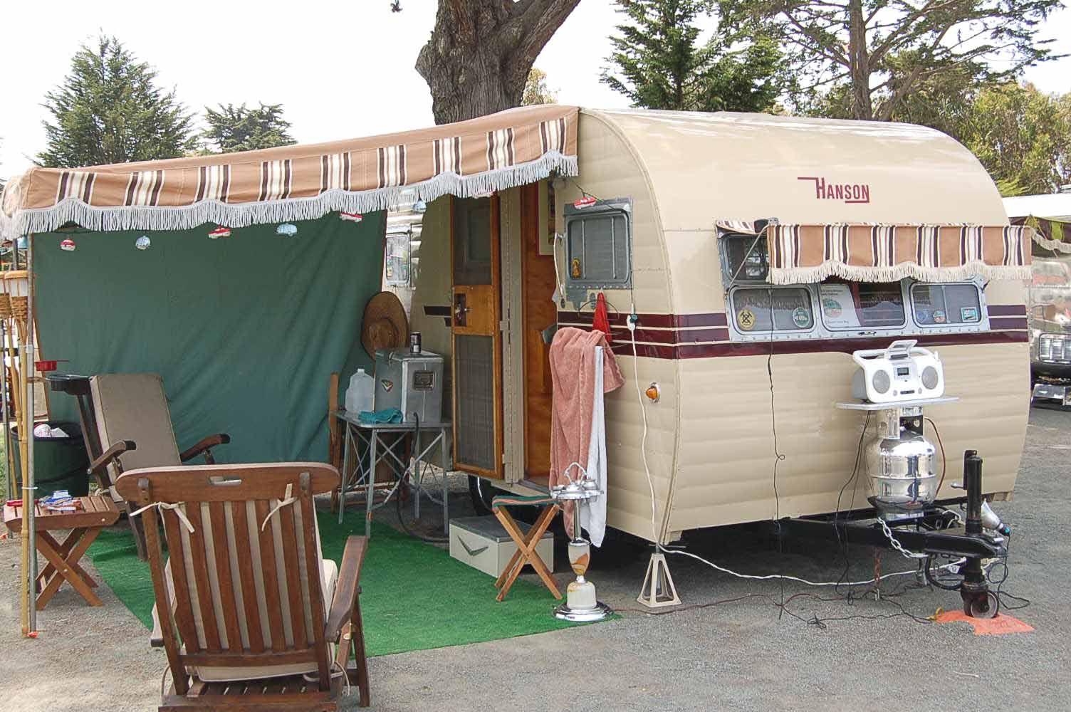 1952 Hanson Love Bug 101 Jpg 1504 1000 Vintage Trailers Camper Trailer For Sale Trailer Awning
