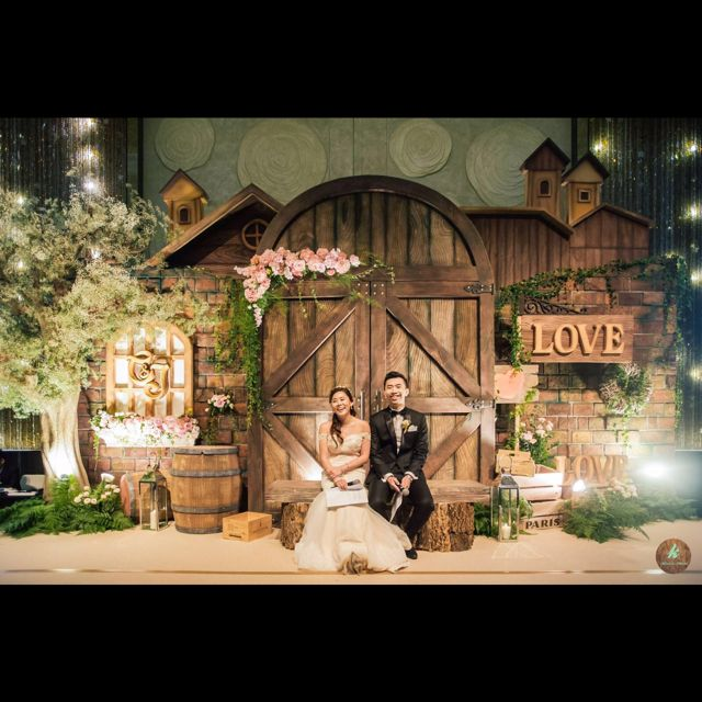 Vintage Inspired Barn Wedding Maddi Jesse Part I: Small Moments, In This Moment, Deco
