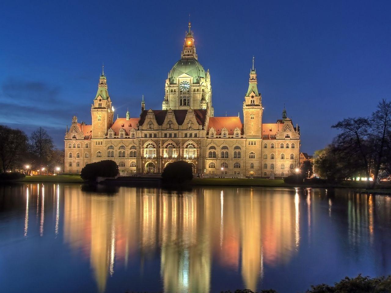 Billedresultat for Hannover Rathaus
