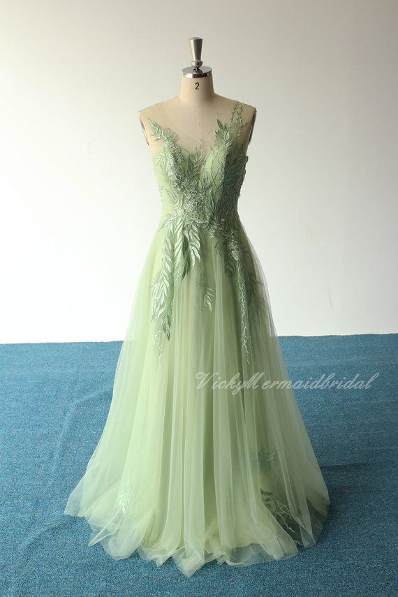 Unique romantic sage aline tulle lace wedding dress, elegant boho wedding dress, sage prom dress wit #sagegreendress