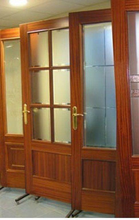 Ayuda con los cristales de las puertas decorar tu for Cristales translucidos para puertas