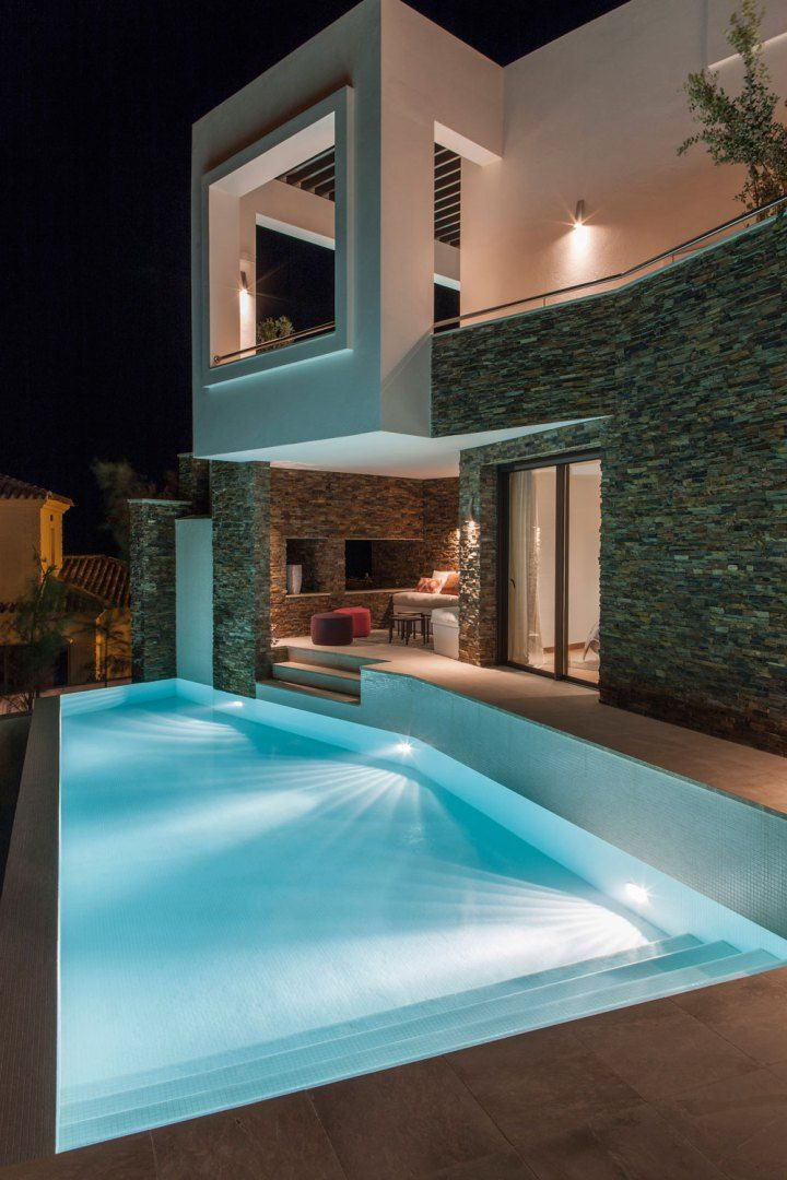 Arquitectura contempor nea en marbella decoracion Decoracion de casas contemporaneas