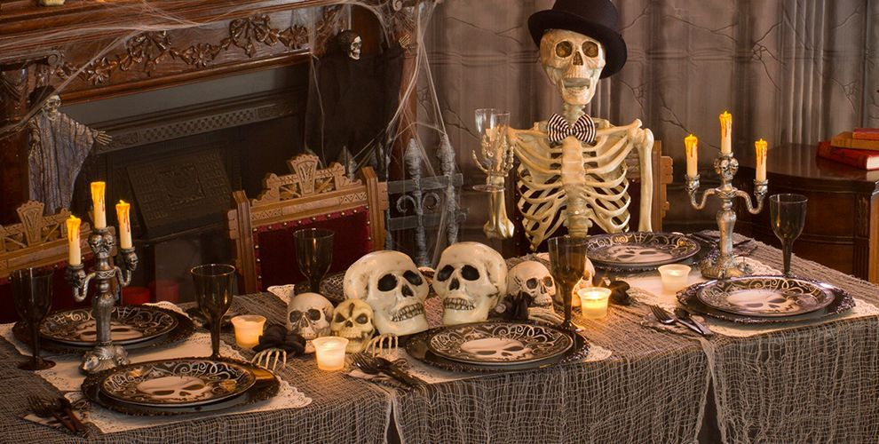 Skeletons and Skulls Party Supplies 1 Halloween haunted