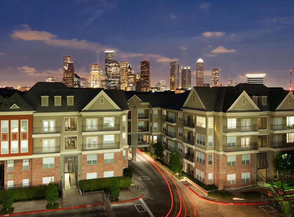 Wonderful Memorial Heights Apartments In Houston At AMLI Memorial Heights