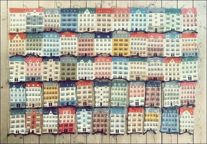 Photo of PLAID MIT GESTRICKTEN HÄUSERN, DIE SEITENWEGE PETERSBURG WACHSEN – Free Knitting