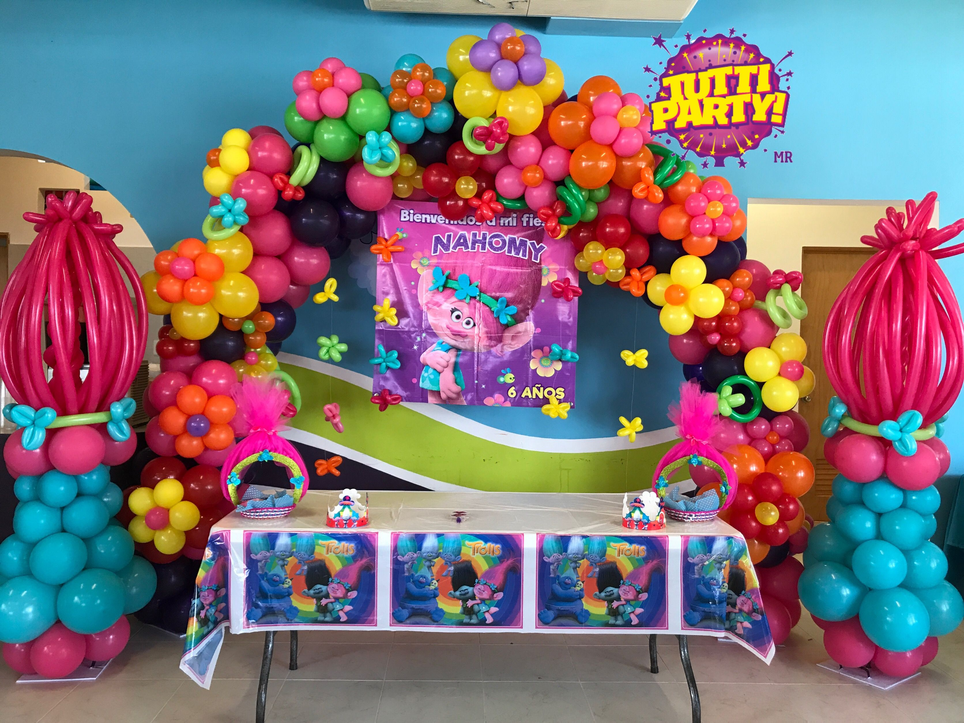 Poppy party Poppy trolls party decorations balloons party ideas lo