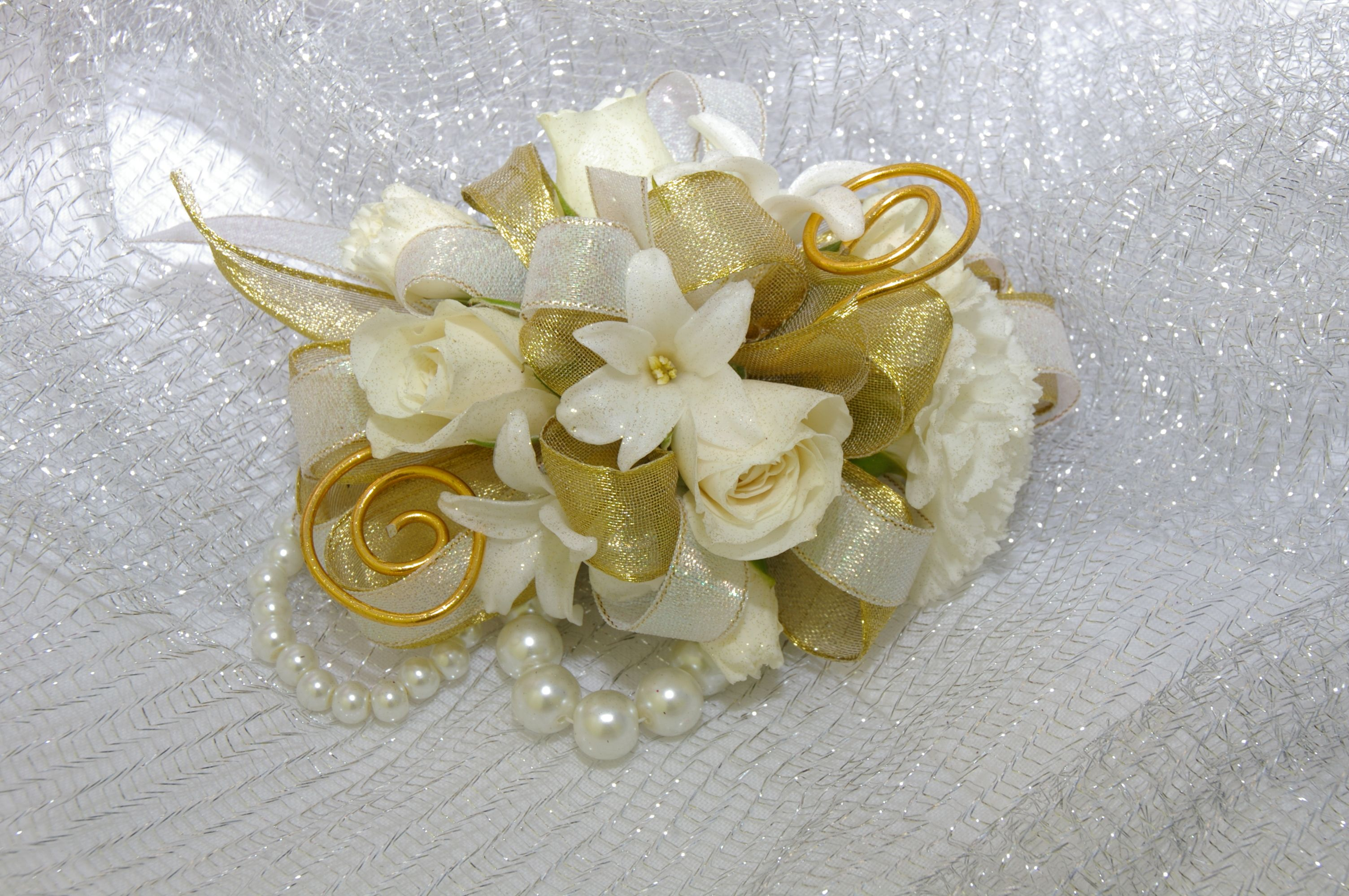 Prom bouquets gold white and gold corsage mccabes greenhouse prom bouquets gold white and gold corsage mccabes greenhouse and floral izmirmasajfo