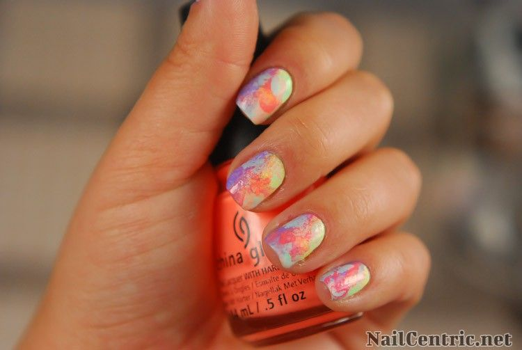 Colorful nails with a makeup sponge   nail art and easy manicure ...